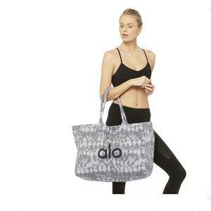 Alo Yoga Tote Canvas Travel Gym Overnight Bag